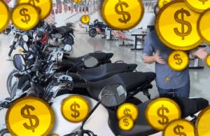 Mineiro junta moedas por 25 anos para comprar moto: assista!