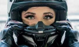 7 Mulheres lindas e suas motos potentes